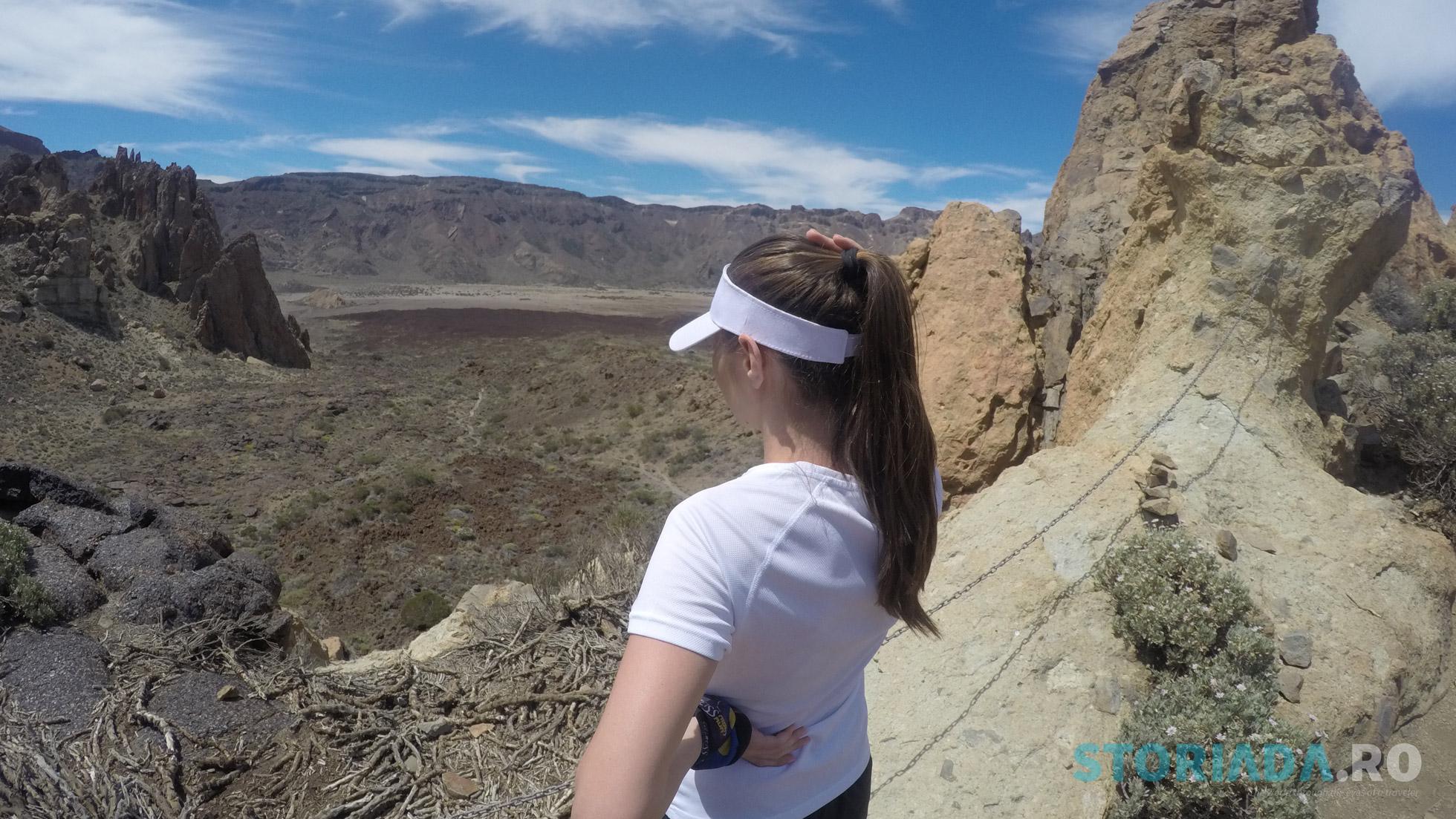 View către Roques des Garcia