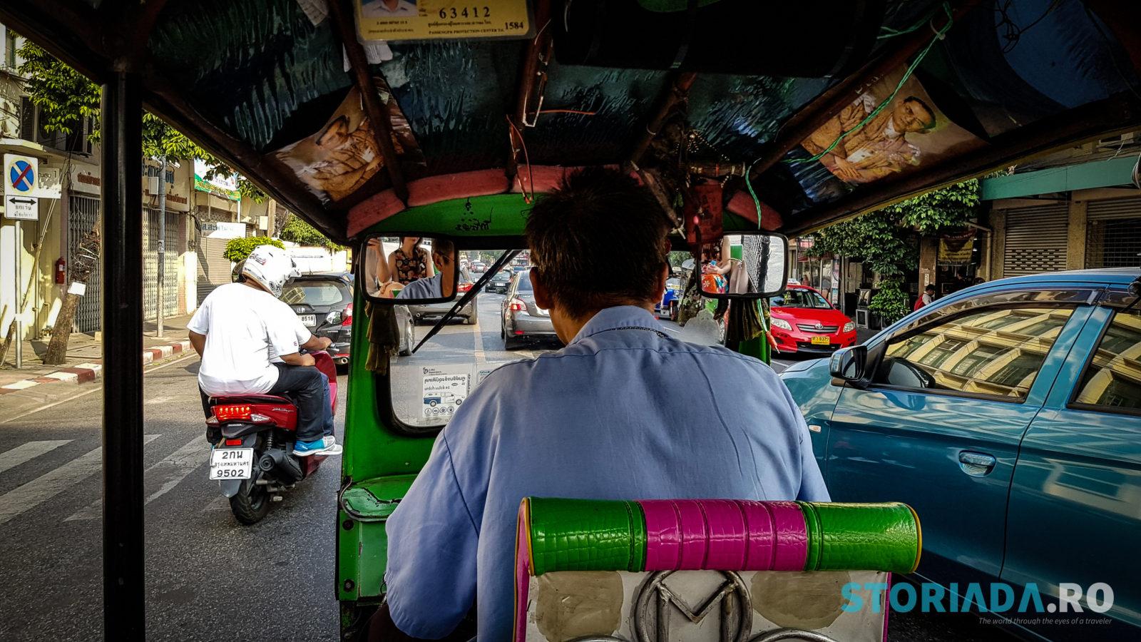 Tuk tuk spre Taling Chan Floating Market